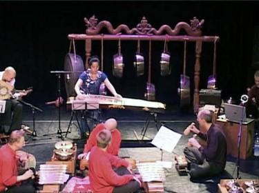 programma Zijde, Staal en Brons met Haytham Safia, Xu Fengxia en Çaglayan Yildiz